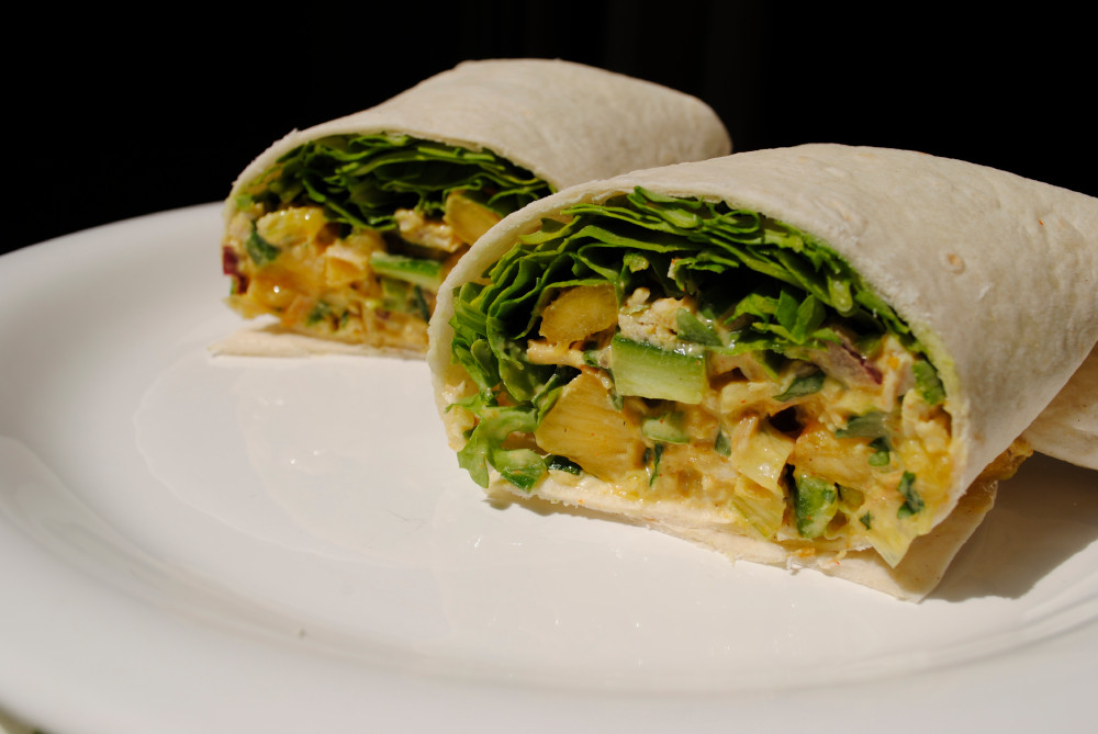 2 wraps with zucchini and curry.
